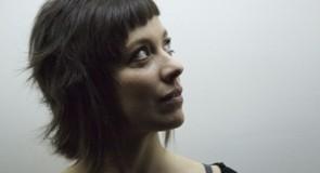 Myriam Gourfink: «Qu'est-ce qu'on attend?»