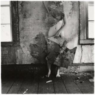 Francesca Woodman, l'ange derrière le miroir